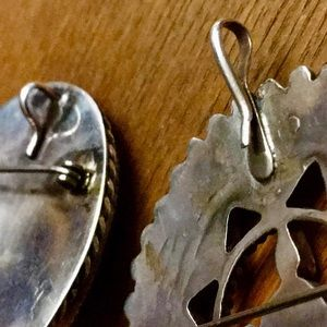 @martharyan Ex. of Bails added to Vintage Brooches